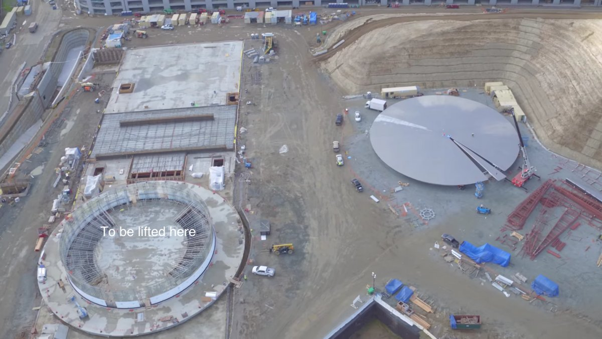 apple campus photo 3
