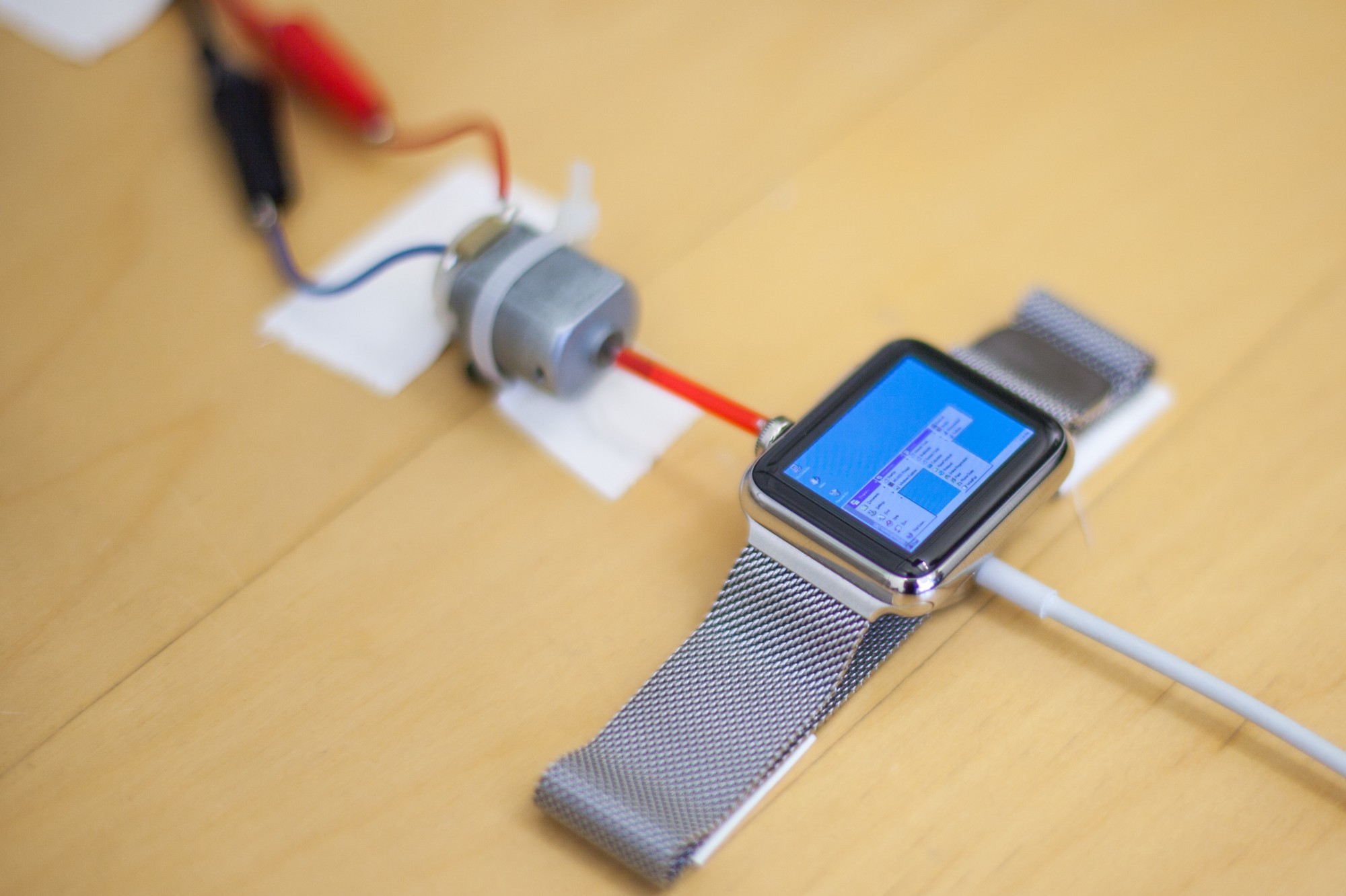 iWatch Windows 95 (1)