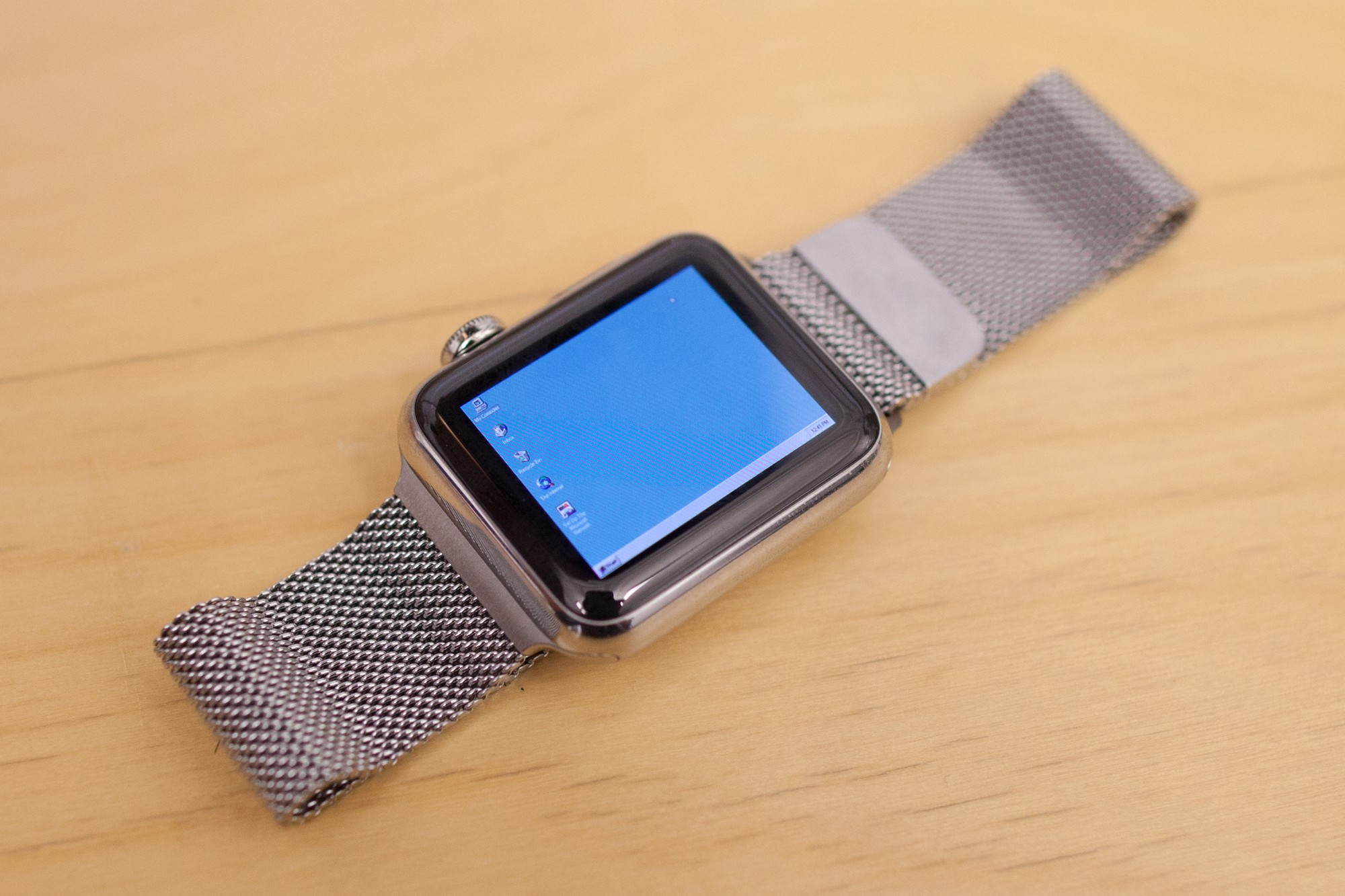 iWatch Windows 95 (2)