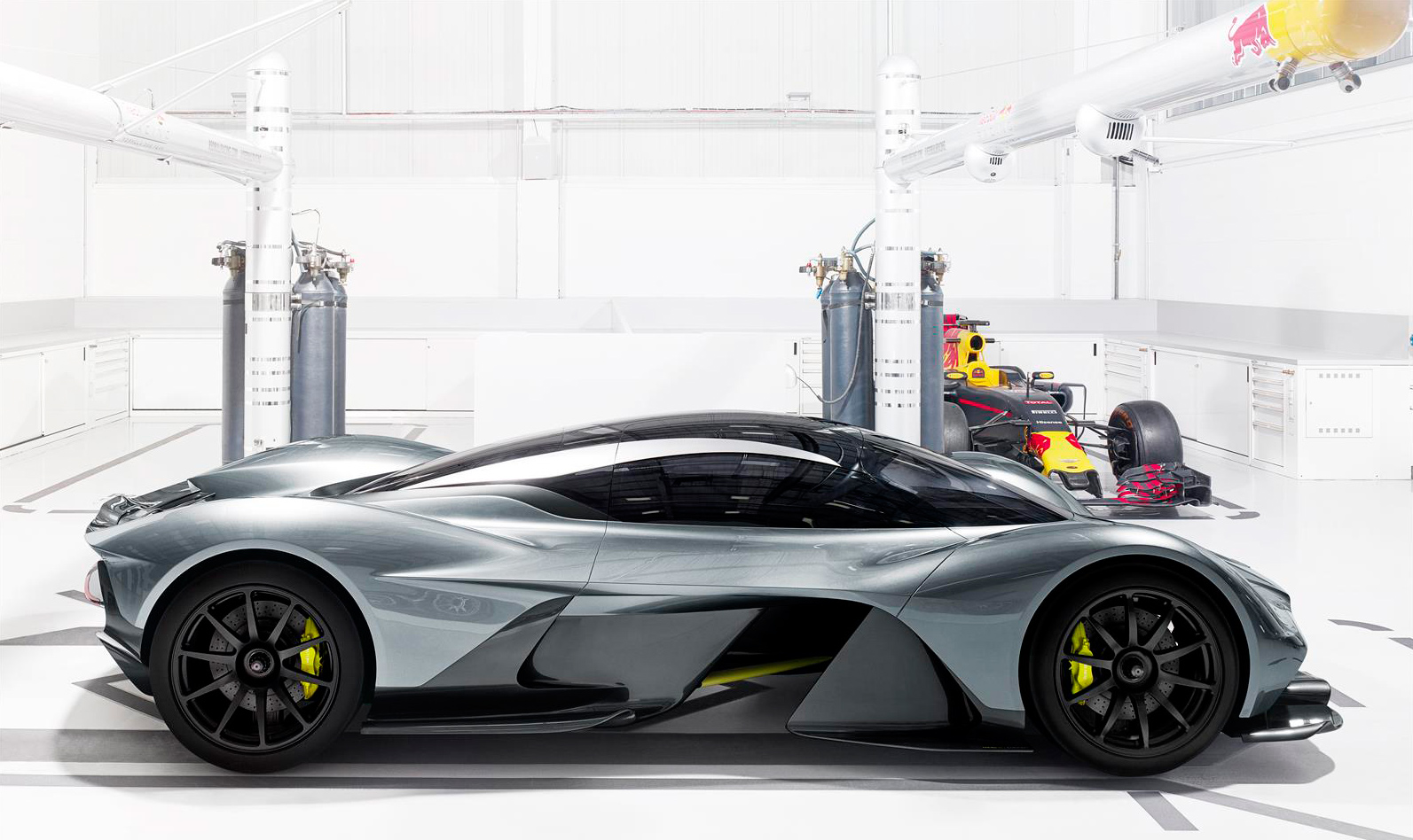aston martin hypercar 2 AM-RB 001