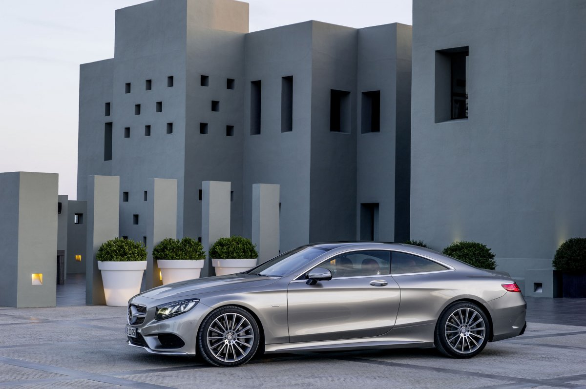 Mercedes-Benz S-Class Coupe (19)