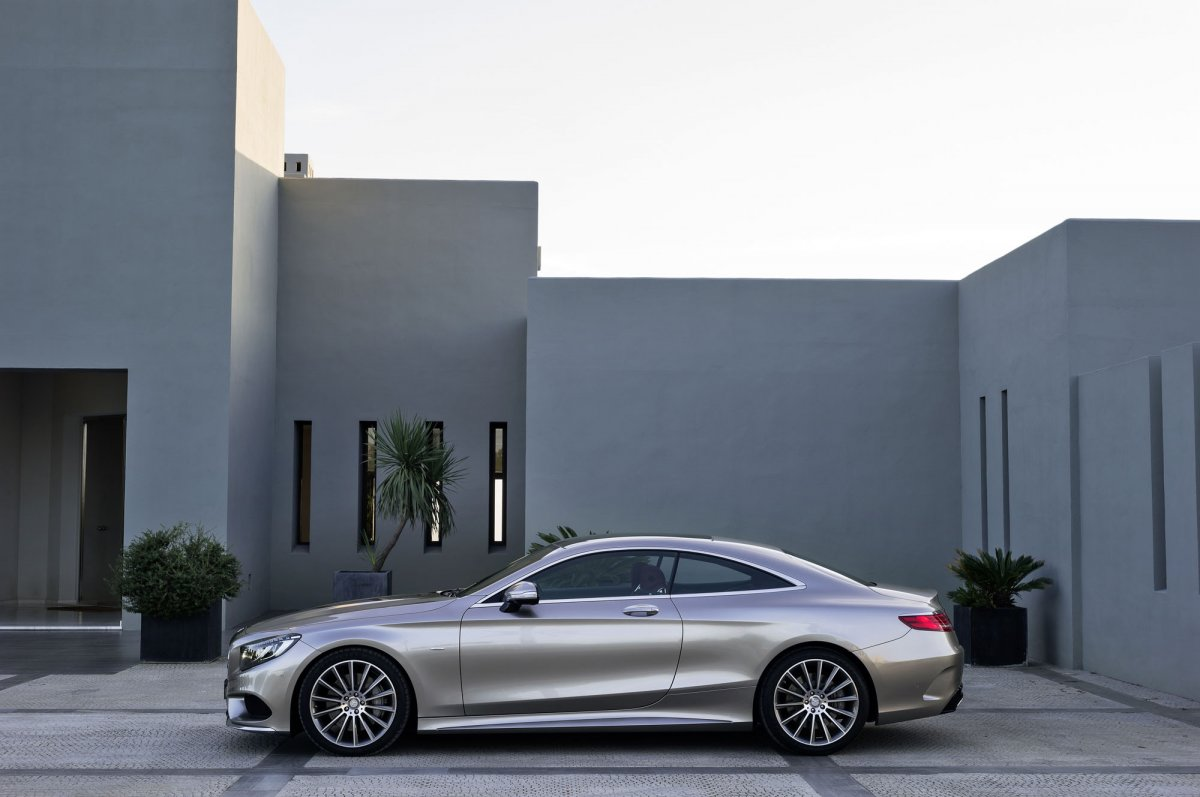 Mercedes-Benz S-Class Coupe (13)