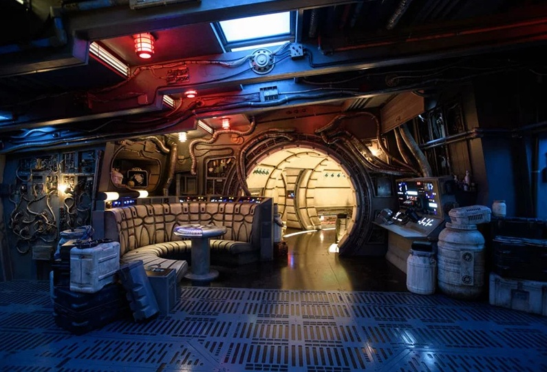 Star Wars Galaxy Edge Disney (4)