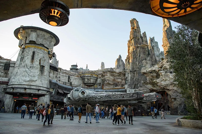 Star Wars Galaxy Edge Disney (7)